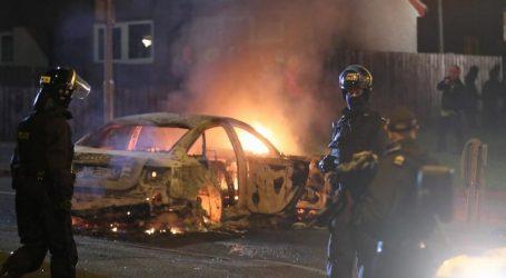 Φόβοι ότι μαζί με το Brexit μπορεί να υποδαυλιστούν εντάσεις μεταξύ εθνικών ομάδων | Συλλήψεις για τη δολοφονία της ΜακΚι