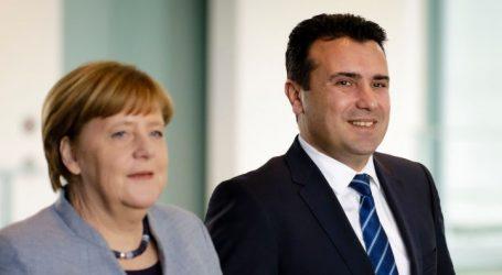 """Βόμβα: Η Μέρκελ λέει """"όχι"""" στην άμεση έναρξη ενταξιακών διαπραγματεύσεων της ΕΕ με τη Βόρεια Μακεδονία"""