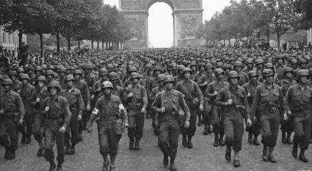 Το Παρίσι γιορτάζει την 75η επέτειο απελευθέρωσης από τους Ναζί