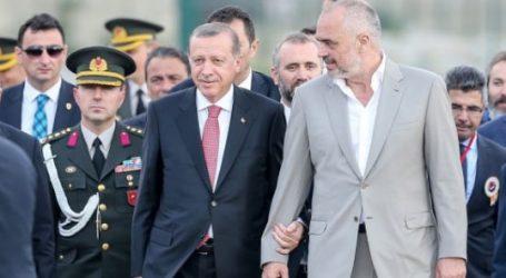 Επίσκεψη Ράμα στην Τουρκία – Συνάντηση με Ερντογάν – Στο επίκεντρο οι οικονομικές σχέσεις
