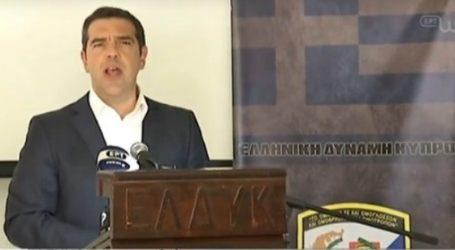 Τσίπρας στην ΕΛΔΥΚ: «Η πατρίδα θυμάται και τιμά τα παιδιά της που έπεσαν με το όνομα της Ελλάδας και της Κύπρου στα χείλη τους»