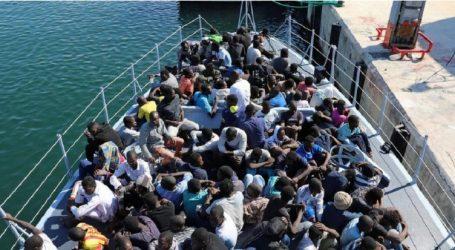 Διάσωση πλοίου με 232 μετανάστες στη Μεσόγειο