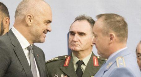 Θα γίνει η Αλβανία κέντρο συγκέντρωσης μαχητών του ISIS που επιστρέφουν στην Ευρώπη;