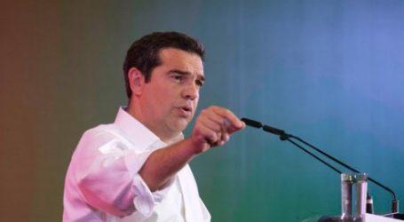 Τσίπρας από την Τήλο: Σήμερα αντιπαρατίθενται δύο σχέδια