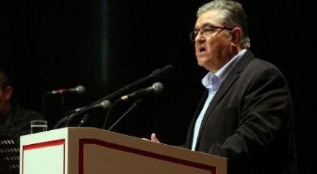 Κουτσούμπας: Ο Βαρουφάκης λειτουργεί ως ανάχωμα προς το ΚΚΕ
