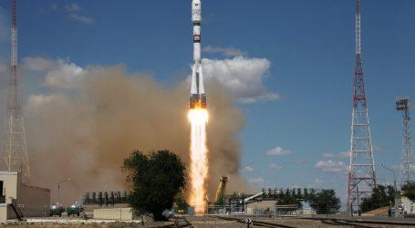 Ο πύραυλος Σογιούζ προσδέθηκε με επιτυχία στον ISS