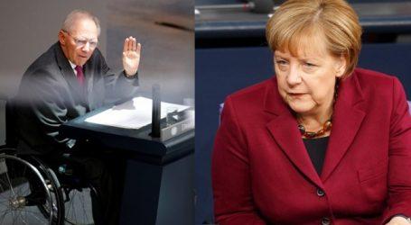 """""""Ένα βήμα μπρος δύο βήματα πίσω"""" από τη Μέρκελ για τις μεταρρυθμίσεις στην ευρωζώνη"""