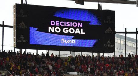 Premier League: «Το VAR είναι ακόμα σε βρεφική ηλικία»