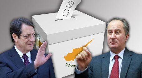 Κύπρος | Ξεκινούν κρίσιμες διαβουλεύσεις ενόψει του β' γύρου των προεδρικών