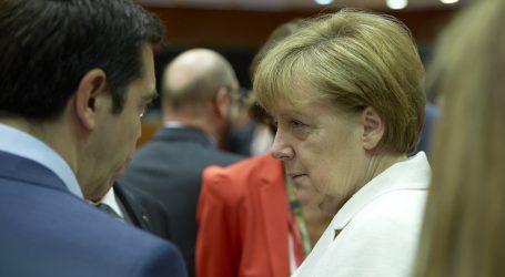 ESM: Περιμένει το «πράσινο φως» από το Βερολίνο  για «να τελειώνουμε» με το ελληνικό χρέος