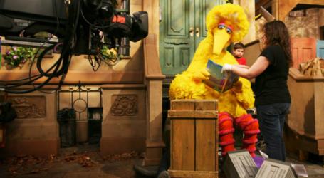 """""""Έφυγε"""" ο Big Bird του Sesame Street"""