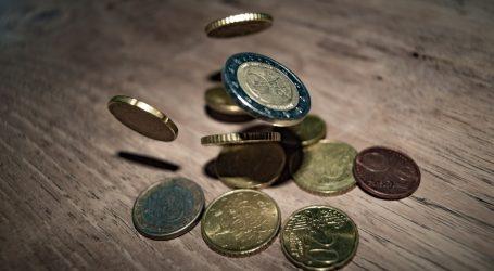 Η τρέλα με τον κατώτατο μισθό, τα επιδόματα και το επίπεδο φτώχειας στην ΕΕ, κατά τη DW
