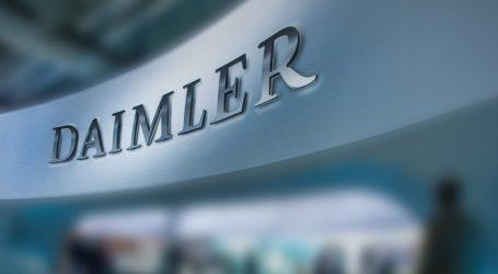 Daimler: Παύση μέχρι νεωτέρας των δραστηριοτήτων στο Ιράν