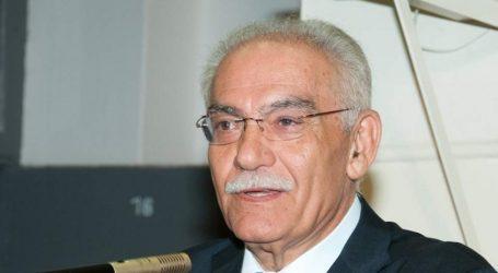 Με τιμές εν ενεργεία δημάρχου κηδεύεται ο Μανώλης Σκουλάκης