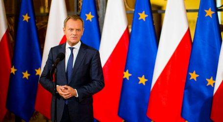 """Δραματική προειδοποίηση Τουσκ: """"Θανάσιμα σοβαρός κίνδυνος"""" πολωνικής αποχώρησης από την ΕΕ"""