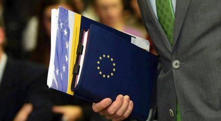 Washington Post για τη διάσωση της Ελλάδας: Η Ευρώπη θεωρεί επιτυχία μια οικονομία που έχει συρρικνωθεί τόσο ώστε να μοιάζει ότι έχει περάσει από πόλεμο