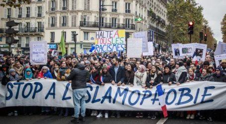 Παρίσι: Χιλιάδες άνθρωποι διαδήλωσαν κατά της ισλαμοφοβίας