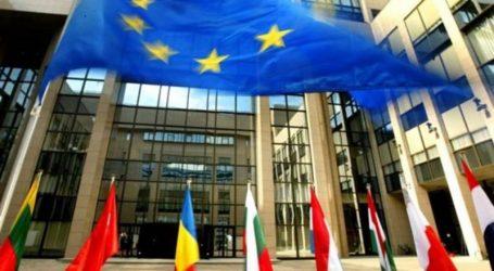 FT: Βαθιά διχασμένοι οι Ευρωπαίοι ηγέτες για τη διαδικασία επιλογής του διαδόχου του Γιούνκερ