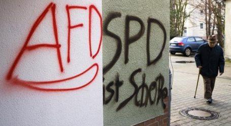 Γερμανία-δημοσκοπήσεις: Παραδομένο στη χλεύη των ηττημένων το SPD – Στη 1 μόλις μονάδα από την ακροδεξιά
