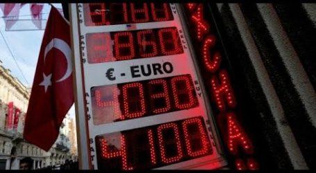 Νέα υποβάθμιση της τουρκικής οικονομίας προαναγγέλλει ο Moody's