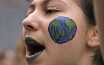 Τα κινήματα για την Κλιματική Αλλαγή και η «αντικρισιμότητα» των αξιών στην εποχή μας