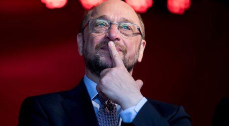 Σουλτς: Καλεί τα μέλη του SPD να στηρίξουν τις συνομιλίες για σχηματισμό κυβέρνησης