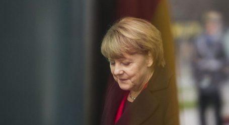 Γερμανία: Εσωκομματική αντεπίθεση Μέρκελ κατά της ακροδεξιάς στο CDU – Αντί για Βάιντμαν στην ΕΚΤ θέλει Αλτμάιερ στην Κομισιόν