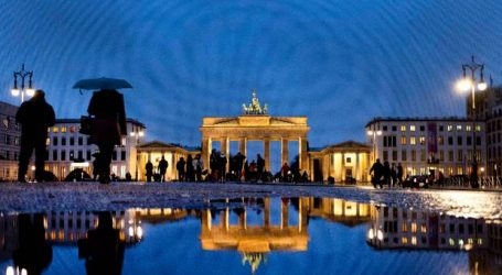 Oι γερμανικές μεταποιητικές παραγγελίες υποχώρησαν στη Γερμανία