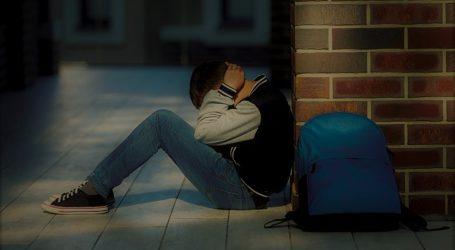 Βαριές κυβερνητικές ευθύνες | Επικίνδυνες διαστάσεις προσλαμβάνει ο ρατσισμός: Επίθεση σε μαθητή πρόσφυγα