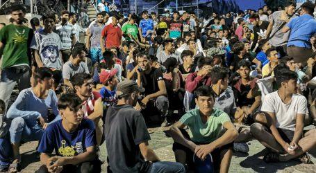 Σε εξέλιξη καθιστική διαμαρτυρία στη Μόρια