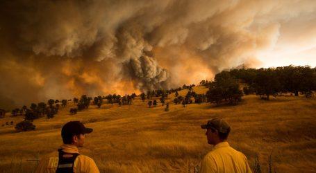 H Καλιφόρνια αφήνει πίσω τον Τραμπ για το Κλίμα – Σχέδιο για τη μείωση της εκπομπής διοξειδίου του άνθρακα