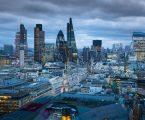 Βρετανία: Το 1/3 των δισεκατομμυριούχων τοποθετούν τις περιουσίες τους σε φορολογικούς παραδείσους