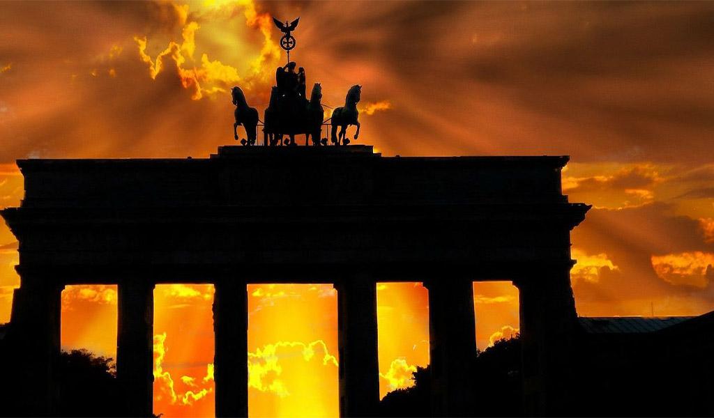 Η γερμανική οικονομία παραπαίει