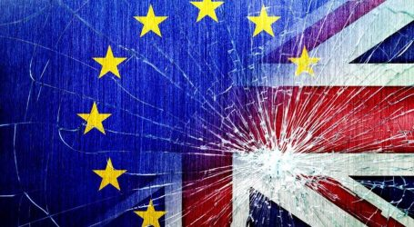 """Ξεθωριάζουν οι """"κόκκινες γραμμές"""" στις διαπραγματεύσεις για το Brexit"""