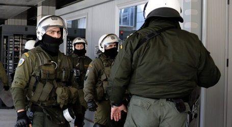 H ΕΛΑΣ υπενθυμίζει στους αστυνομικούς των ΜΑΤ ότι πρέπει να έχουν αριθμό στο κράνος