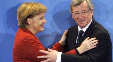ΕΕ – προσφυγικό: Ο Γιούνκερ τείνει χείρα βοηθείας στη Μέρκελ
