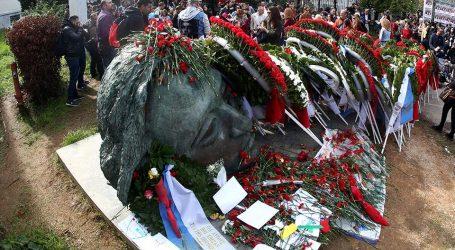 Πορεία Πολυτεχνείου: Μικροεπεισόδια σε Στουρνάρη, Θεσσαλονίκη και Πάτρα – Ανοίγει η Πατησίων