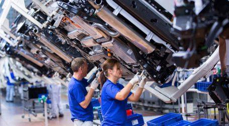 Χαμηλότερη η γερμανική εργοστασιακή παραγωγή