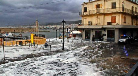 Η αντιπολίτευση ζητάει από την κυβέρνηση μέτρα για τις πληγές της κακοκαιρίας στην Κρήτη