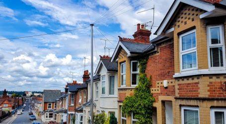 Aυξήθηκαν oι βρετανικές τιμές κατοικιών