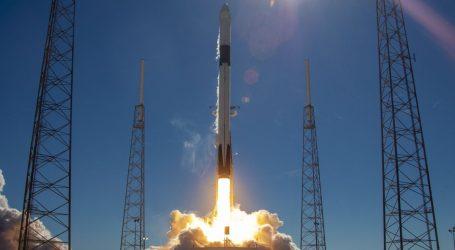 Η Space X εκτόξευσε άλλους 60 μικροδορυφόρους Starlink για παροχή φθηνού ευρυζωνικού Ίντερνετ