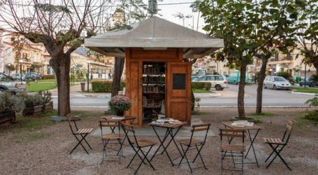 Οι μικρές βιβλιοθήκες που άρχισαν να ανθίζουν στην Ελλάδα