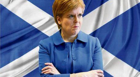 Σκωτία: Η Στέρτζον επιμένει στο σχέδιό της για νέο δημοψήφισμα ανεξαρτησίας