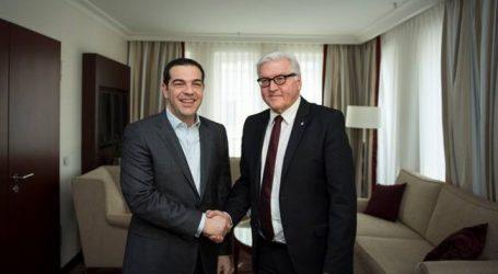 Συμβιβασμό για τις πολεμικές επανορθώσεις φαίνεται να προτείνει στην Ελλάδα ο Στάινμαγιερ