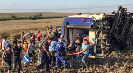 (UPD) Τουρκία: Εκτροχιασμός τρένου – 24 νεκροί