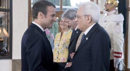 Μακρόν και Ματαρέλα «επαναβεβαίωσαν τη σημασία» της σχέσης Γαλλίας-Ιταλίας