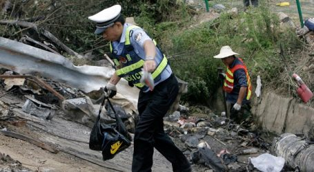 Κίνα: Λεωφορείο που είχε καταληφθεί έπεσε πάνω σε πεζούς- 5 νεκροί
