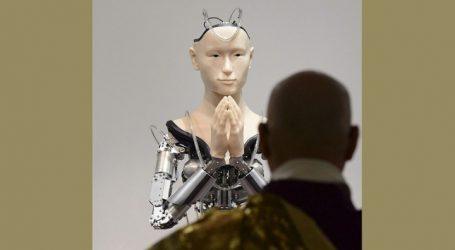 Το πρώτο ρομπότ που διδάσκει τη συμπόνια σε ιαπωνικό βουδιστικό ναό